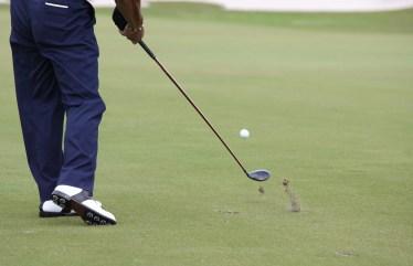 ゴルフのストローク差の「ストローク」の語源は、英語の【stroke:なでる】