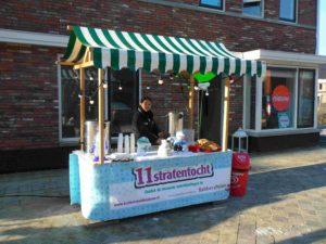Winterkraam bij 11 straten tocht in Vlaardingen