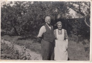 Laurine og Jens Peter Jensen på Skovlyst 1932