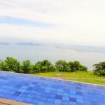 びわ湖バレイは天空と琵琶湖が一体となったオシャレなテラス!