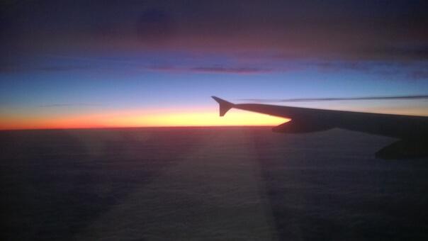 Lennot Finnairin tilauslennolla yhdessä toisten pyhiinvaeltajien kanssa.