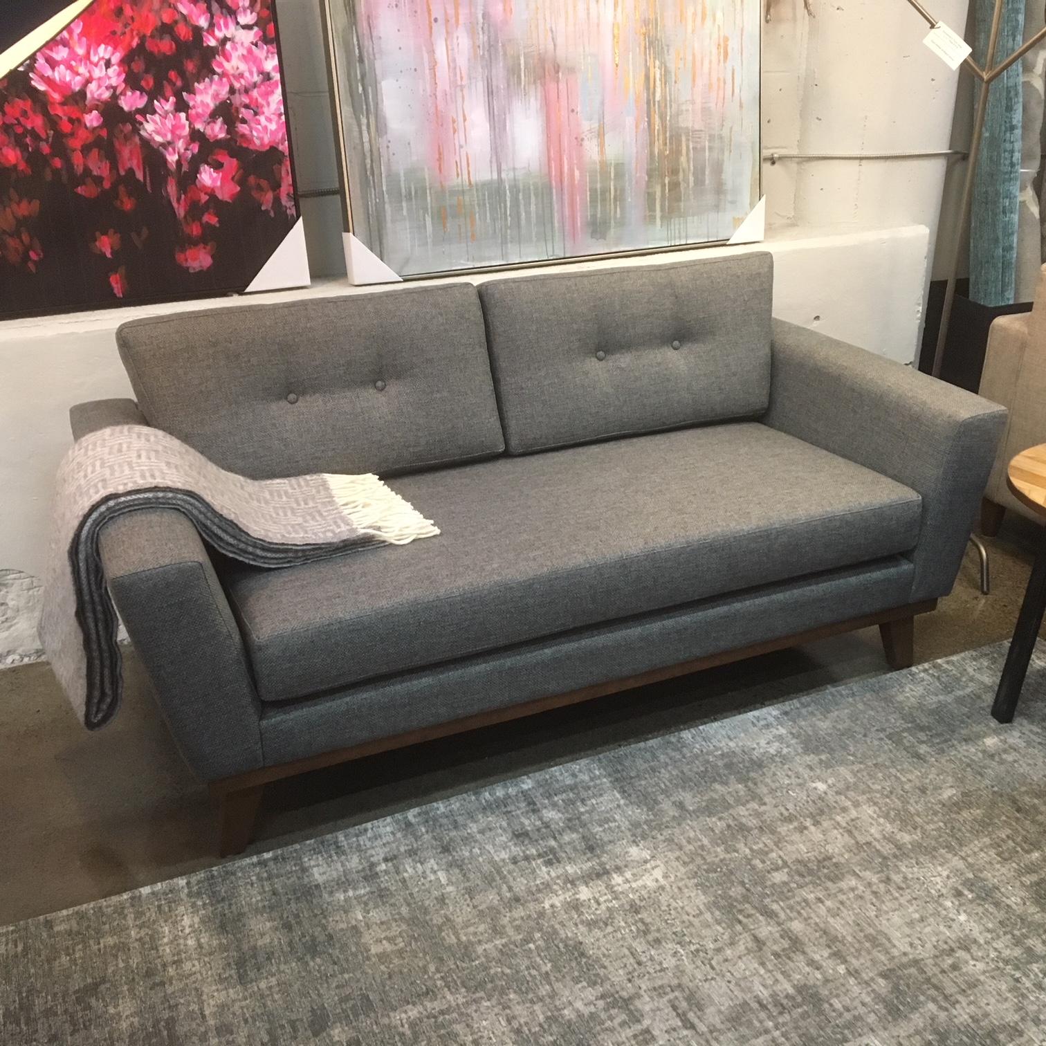 condo sized sectional sofa ottawa rv under table lida mikaza meubles modernes montreal modern furniture