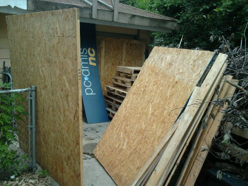 A trailerload of pallets & shipping crate, half tore down and ready to re-use.
