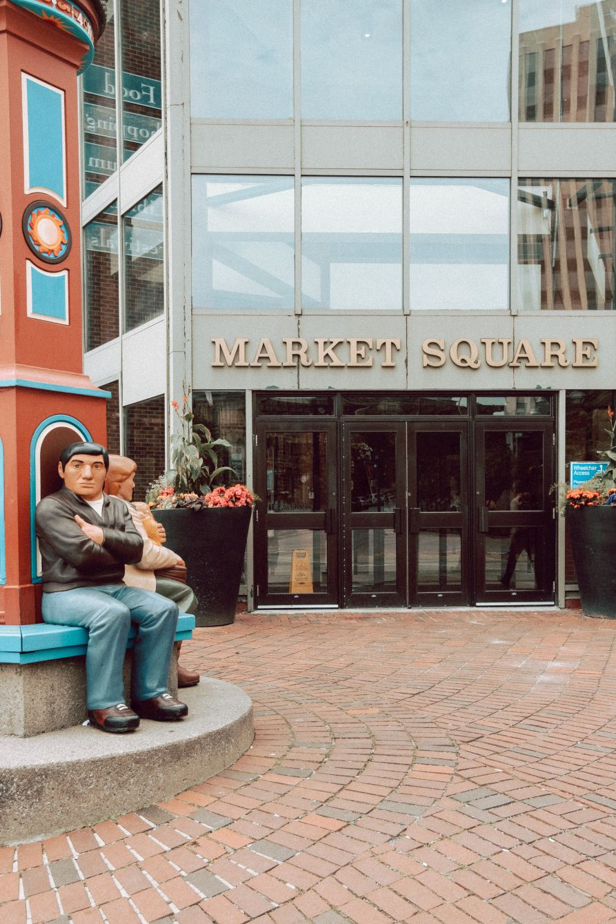 Click thumbnail to see details about photo - Entrance To Market Square SJ Vertical