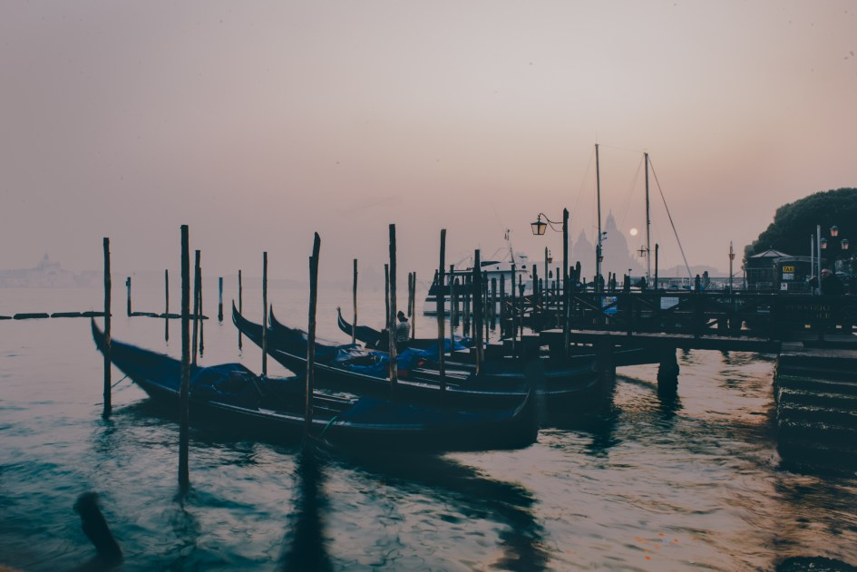 Venezia, Italia – Exploring before lunch / Tour around the city / Piazza San Marco.