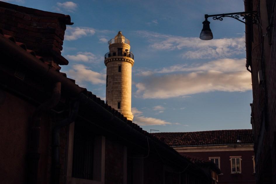 Venezia, Italia – First glasblowing class on Murano island.