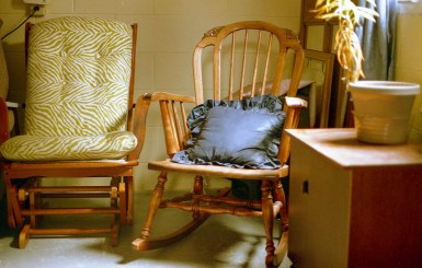 Its just a chair, and not that interesting of a shot, but it showcases how well the EF's meter handled indoor lighting.