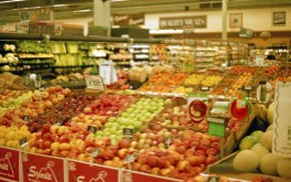 This supermarket shot shows excellent detail and color reproduction on the Ferrania 200 film.