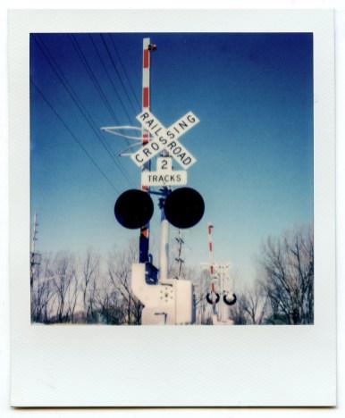 PolaroidSX70Color-3