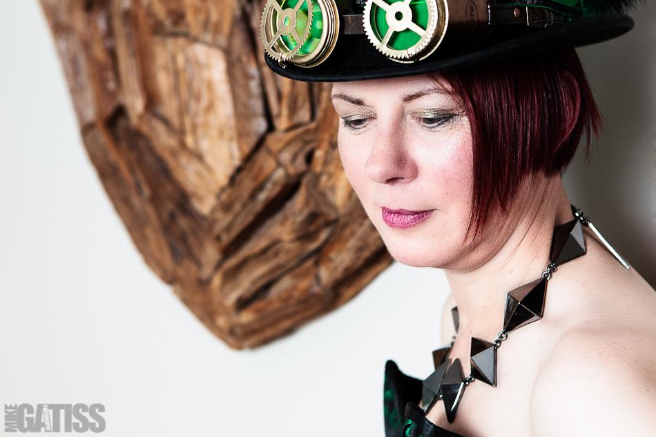 portrait of steampunk fan Sue
