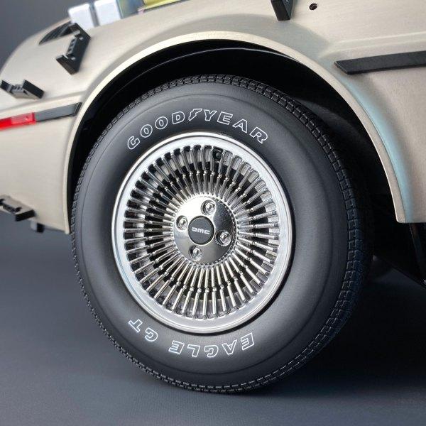 DeLorean model tyre with Model Tyre Dressing applied