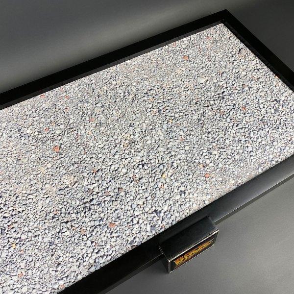 Stone design for DeLorean railroad base insert