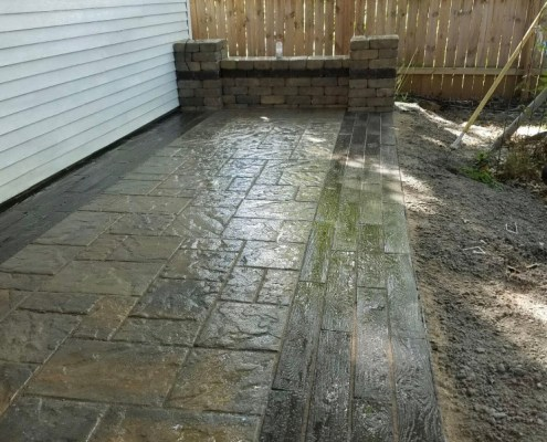 Paver Patio with faux wooden border