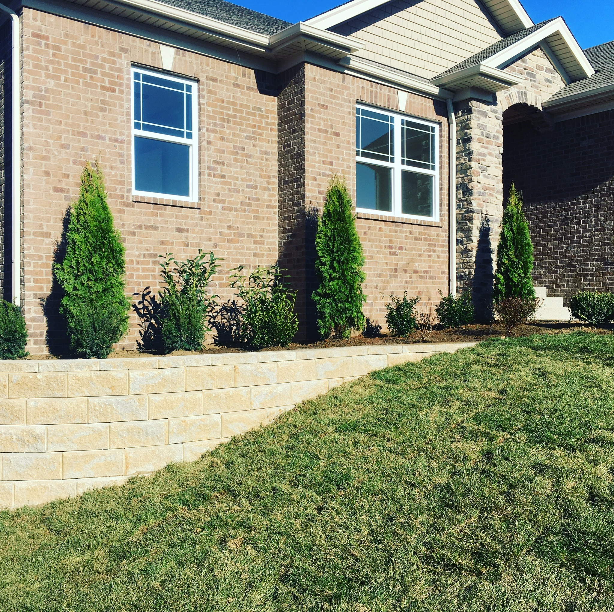 Landscaping with a Retaining Wall