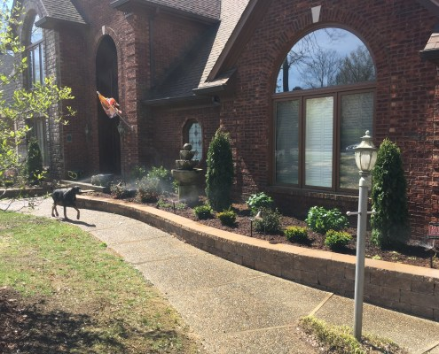 Landscaping with Retaining Wall Border