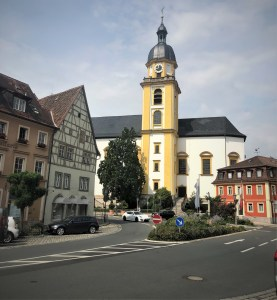 a shot of an intersection in downtown kitzingen