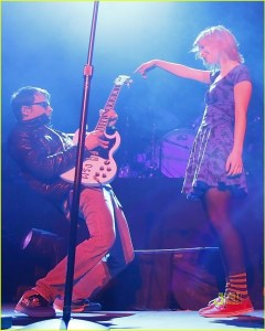 hayley williams weezer rivers cuomo