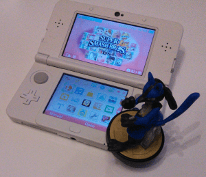 NEW 3DS with Lucario Amiibo.