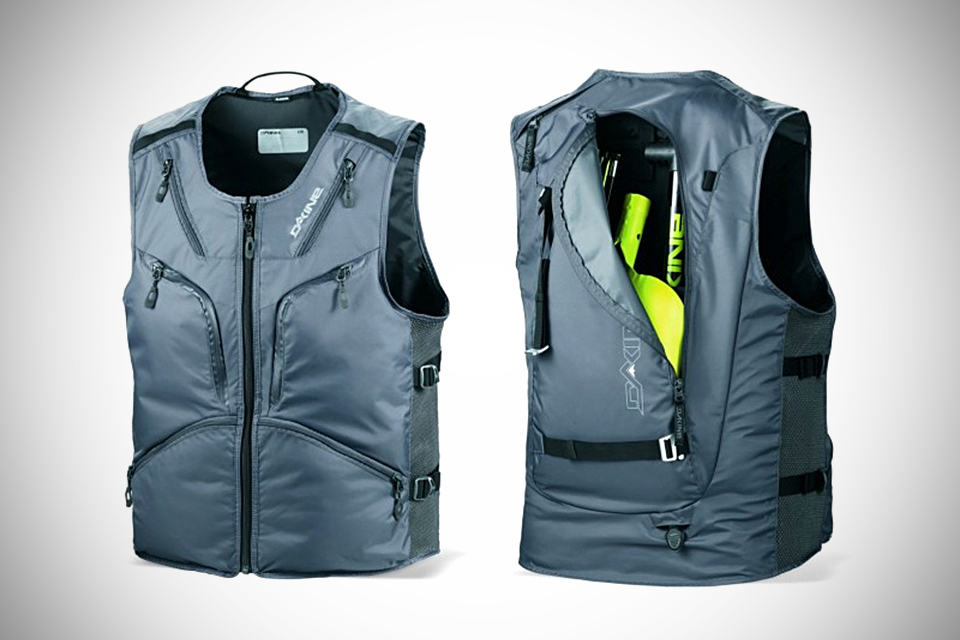 BC Vest - an utility vest with built-in backpack