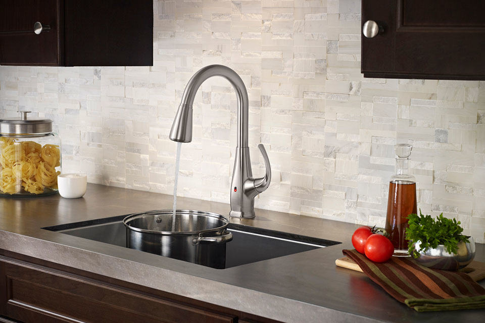 Pfister REACT Brings Touchfree Faucet to Your Kitchen