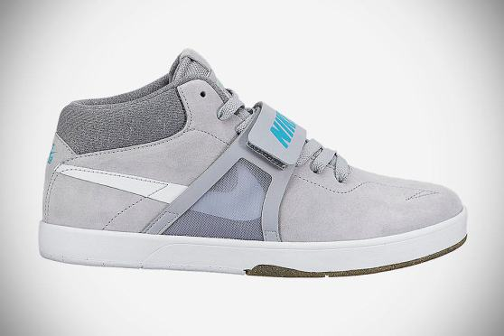 "Nike SB ""McFly"" Eric Koston Mid Premium Skateboard Shoes"