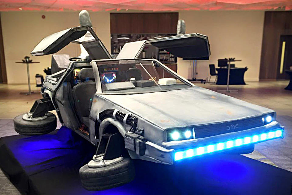 mobile food kitchen for sale appliances restaurant a bunch of folks actually ate life-size flying delorean ...