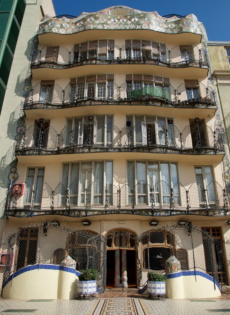Things to do in Barcelona  Visit Casa Batll
