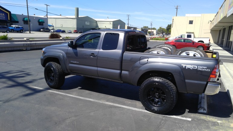 "2014 Toyota Tundra - Installed 3"" Icon Vehicle Dynamics Coil Over Suspension, with factory Rims, 35 X12.50 R20 Cooper Tirehttp://mikestruck.org/wp/wp-admin/post.php?post=2221&action=edit#s"