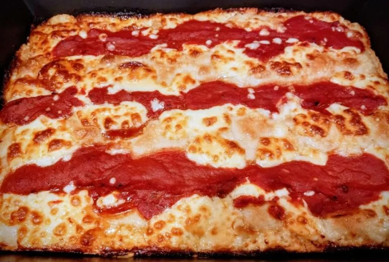 wisconsin brick and detroit pizza