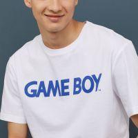シンプルで超おしゃれ!H&Mにて「ゲームボーイ」Tシャツが発売に!