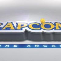 カプコンロゴのフォルムがすてき!アーケードゲームが16タイトル遊べるコンパネ型ゲーム機「CAPCOM HOME ARCADE」が超面白そうな件