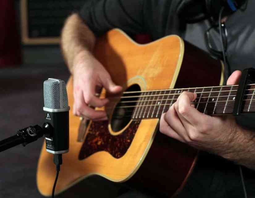 Microphone Placement For Recording Acoustic Guitar Mikingdesign Com