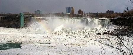 Niagara Falls no inverno por mikix
