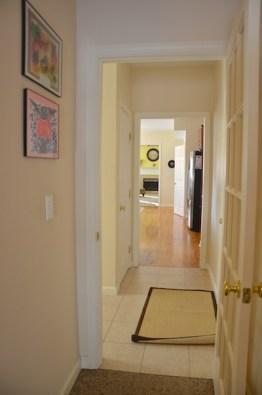 22 Clover Leaf Hallway