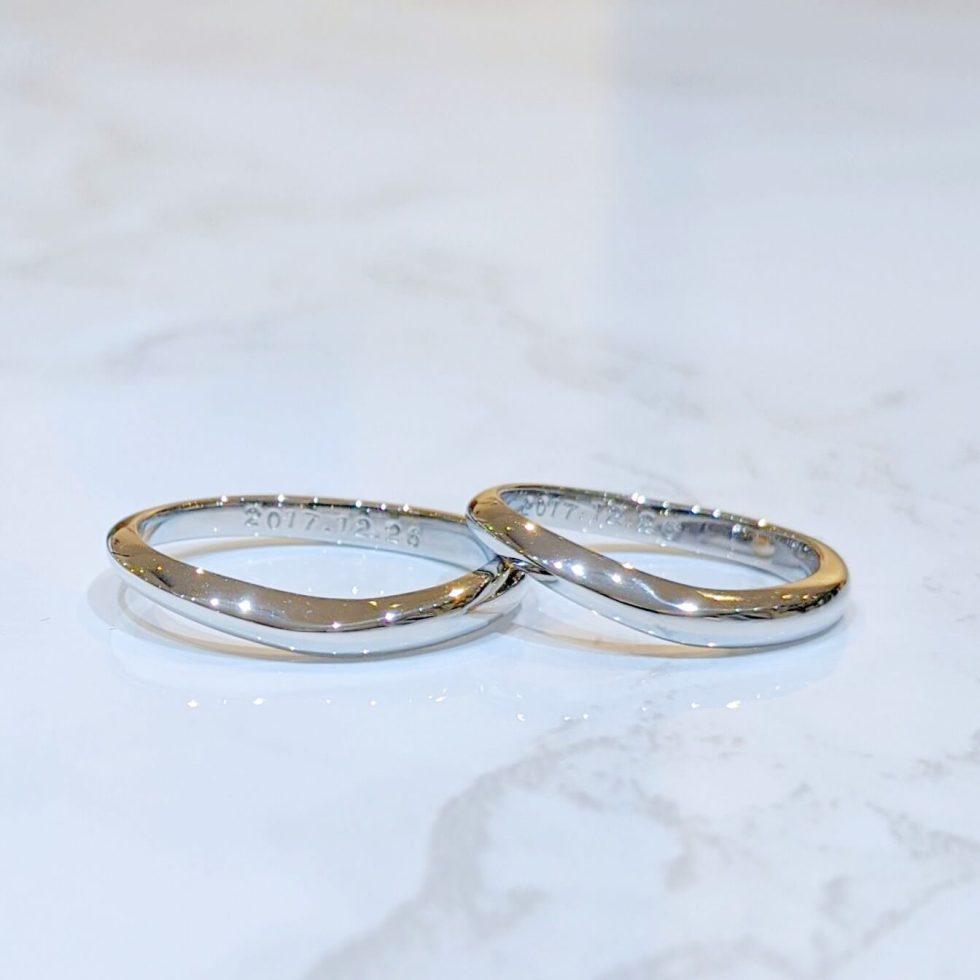指輪を身につけた時の印象を大切に選んだ結婚指輪