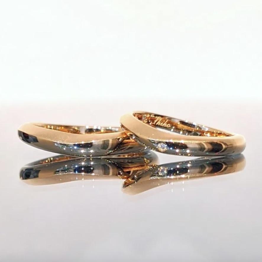 U字ウェーブの結婚指輪