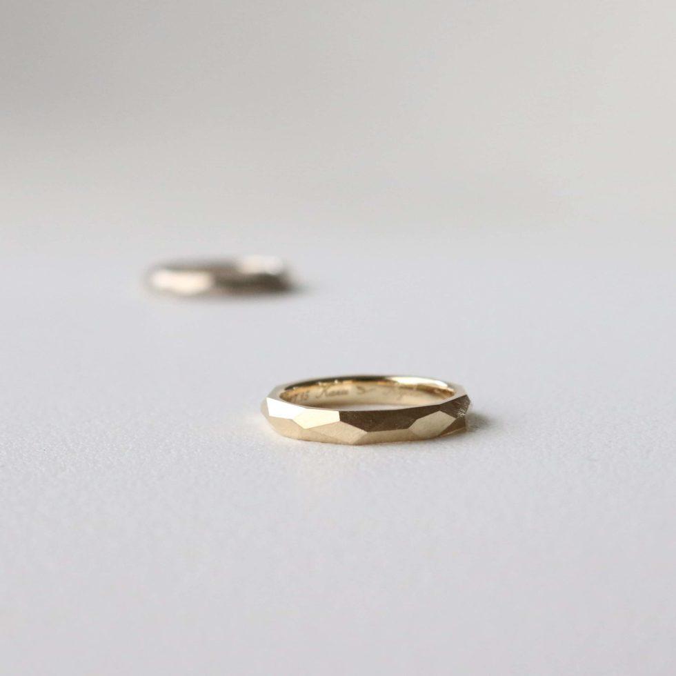 イエローゴールドのオーダーメイドの結婚指輪
