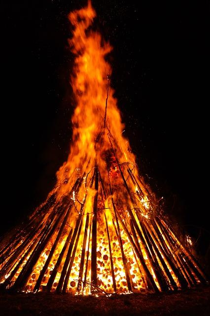Slované slavili zimní slunovrat u zapálené vatry, která hořela celou noc