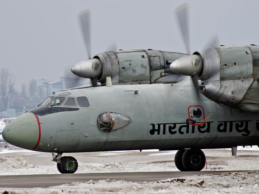 Чергова партія індійських Ан-32 прибула на завод 410 ЦА