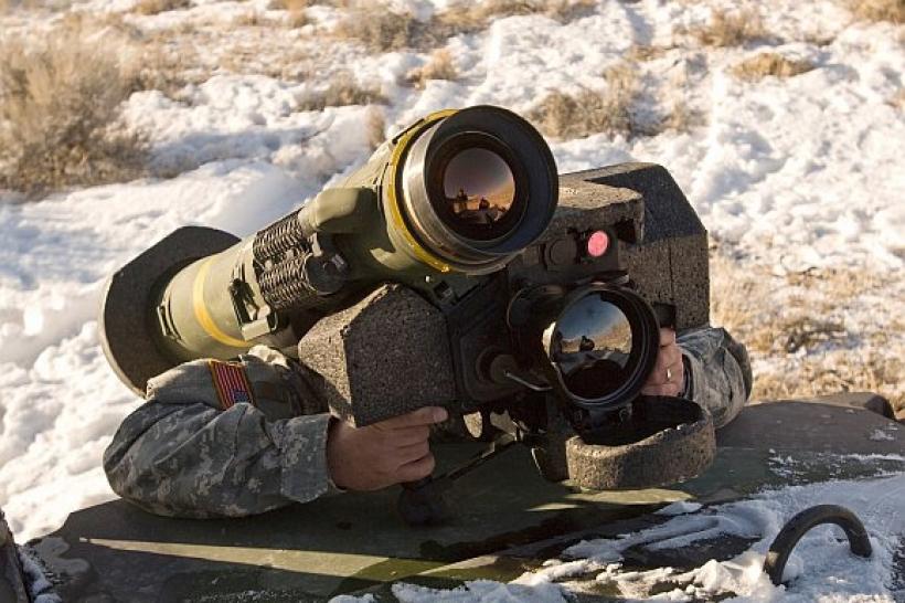 США не скорочують військової підтримки України в 2017 і планують надати летальну зброю