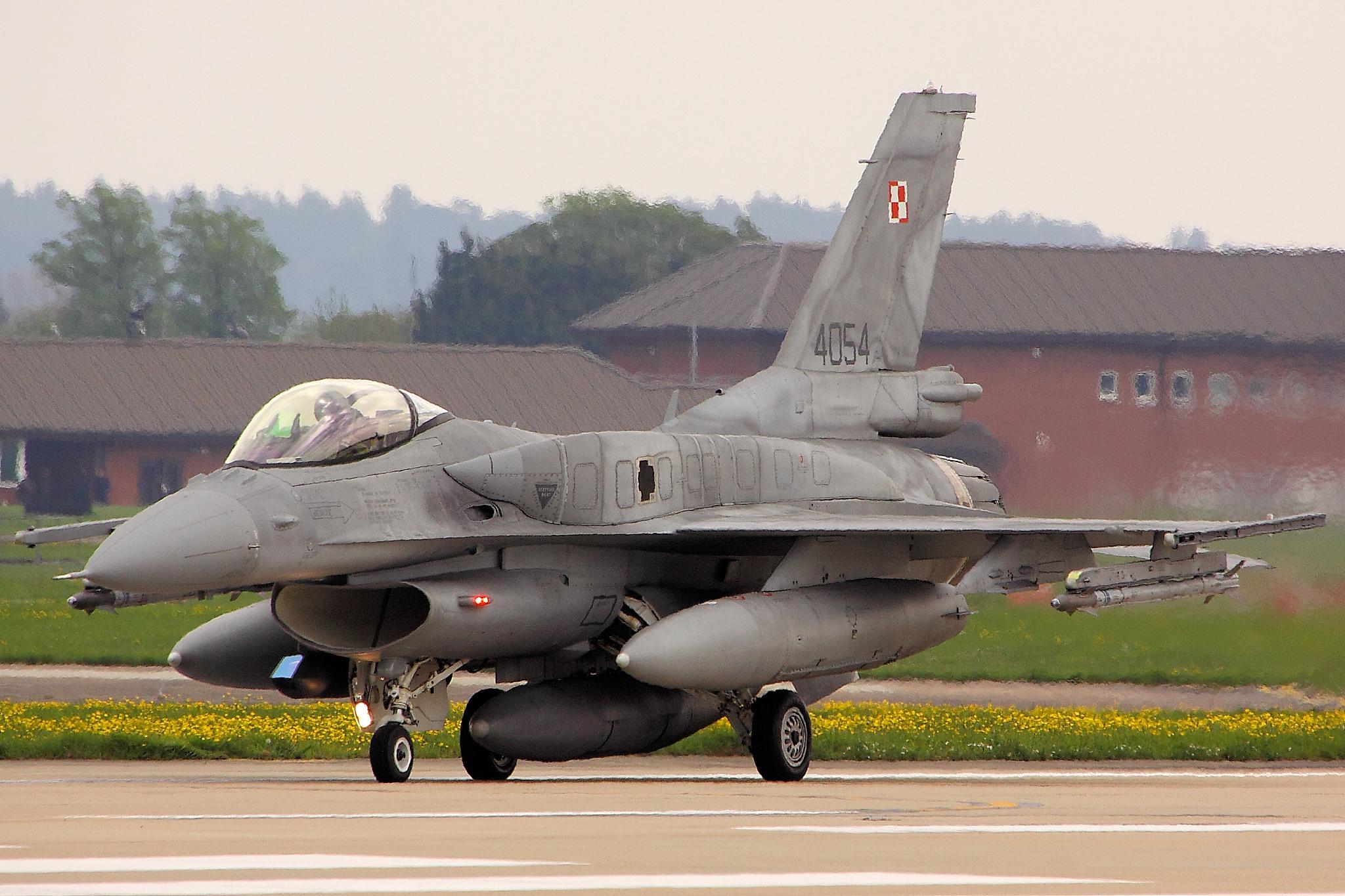 Місія повітряної поліції НАТО в країнах Балтії – в травні польські ВПС заступлять на охорону.