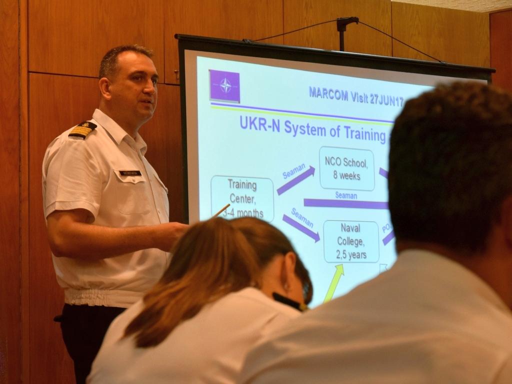 Українські військові моряки та експерти НАТО обговорили шляхи реформування й розвитку ВМС ЗС України