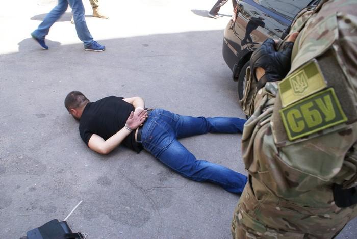 """В Запоріжжі затримали банду екс-""""беркутівців"""", що займалися розбійними нападами"""