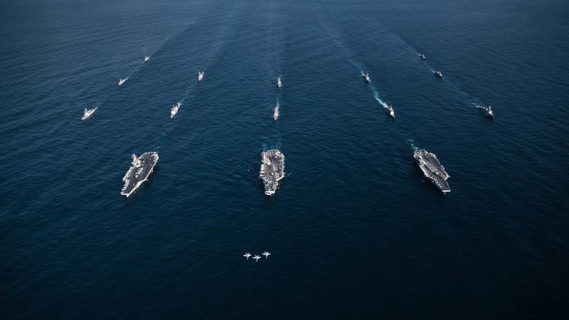 Одразу три авіаносці ВМС США увійшли в операційну зону Південної Кореї