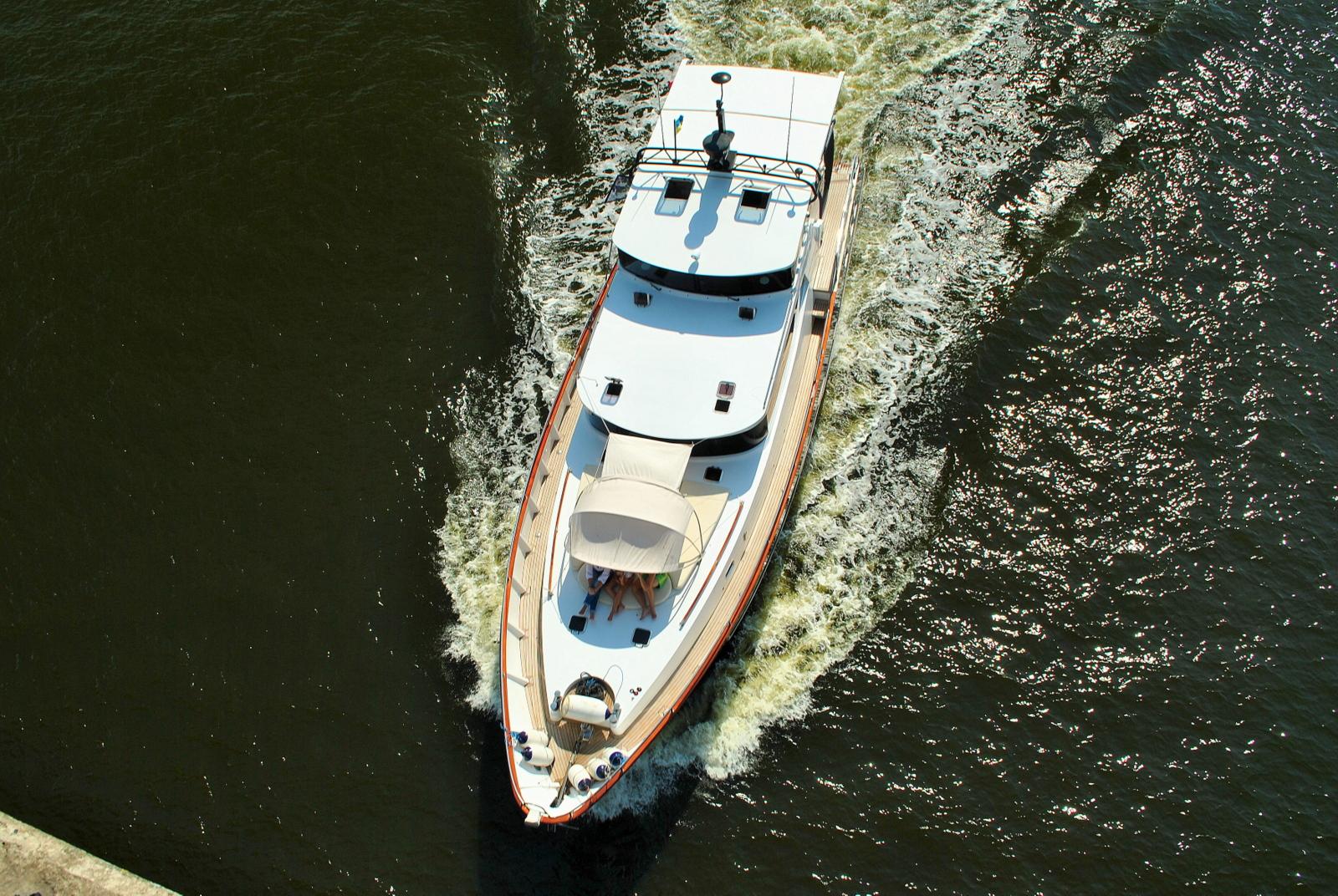 Швидкісна яхта пр. BSY 57