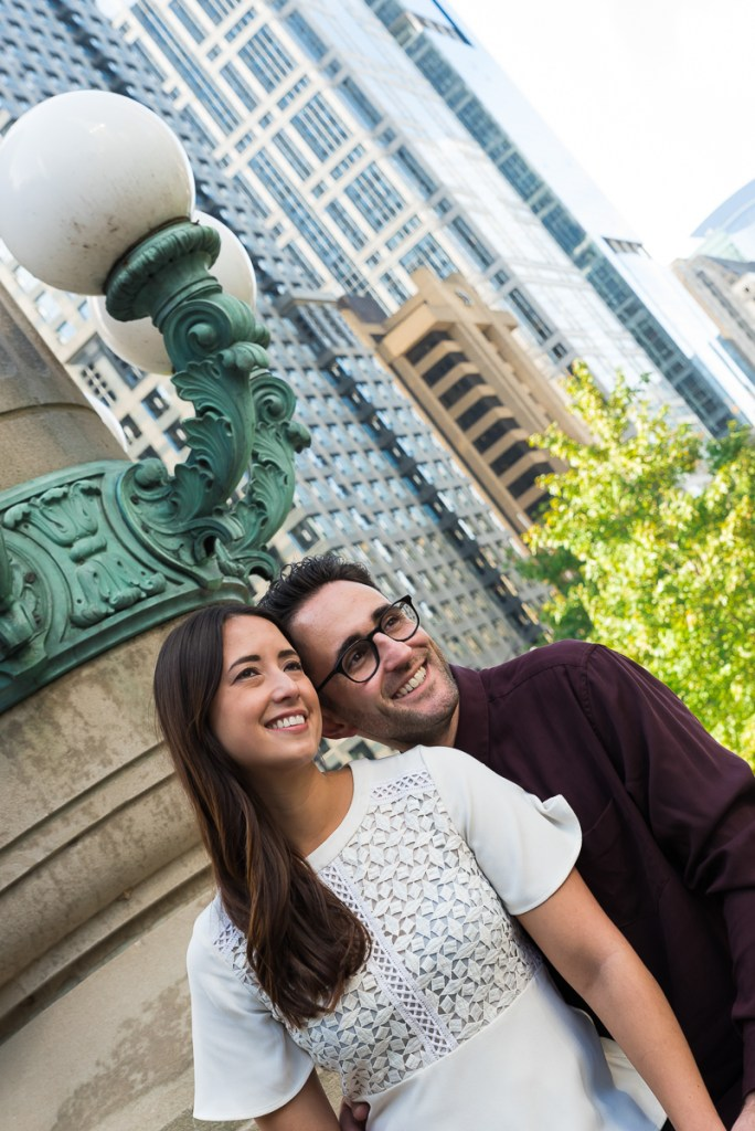 An engagement session for an engaged couple in downtown Chicago in the fall by a wedding photographer Mila Craila Photography
