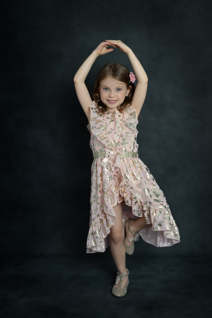 Studio family session for a dancing young girl in Naperville by family photographer Mila Craila Photography