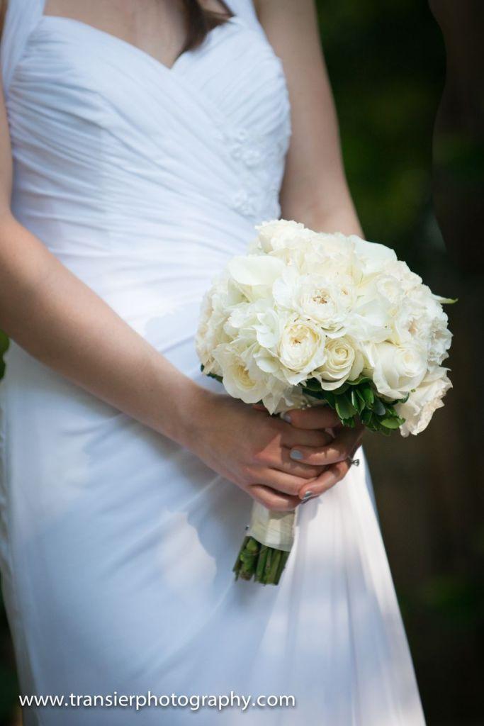 wedding-bouquet-destination-wedding