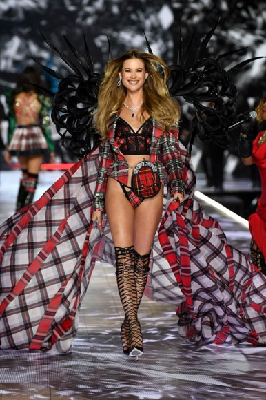 NEW YORK, NY - NOVEMBER 08:  Behati Prinsloo walks the runway during the 2018 Victoria's Secret Fashion Show at Pier 94 on November 8, 2018 in New York City.  (Photo by Dimitrios Kambouris/Getty Images for Victoria's Secret)