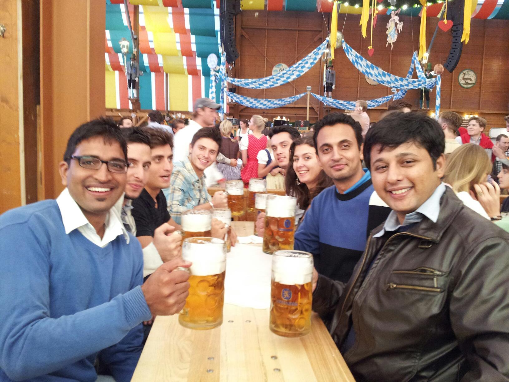 Why you should not drink Five Beers at the Oktoberfest, Munich Germany